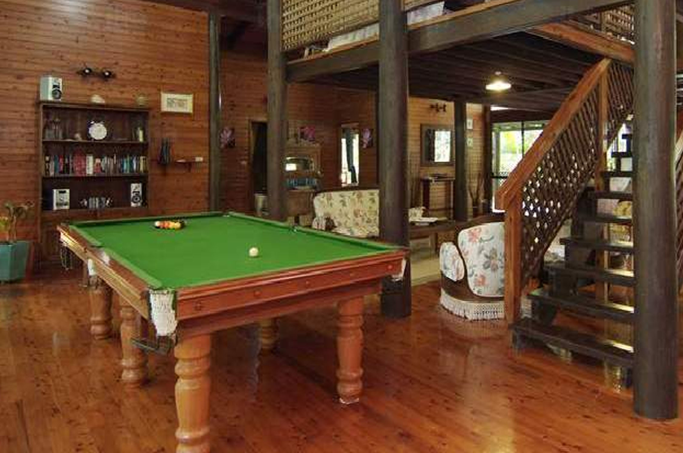 pool-table-billiards_0002_Layer 6