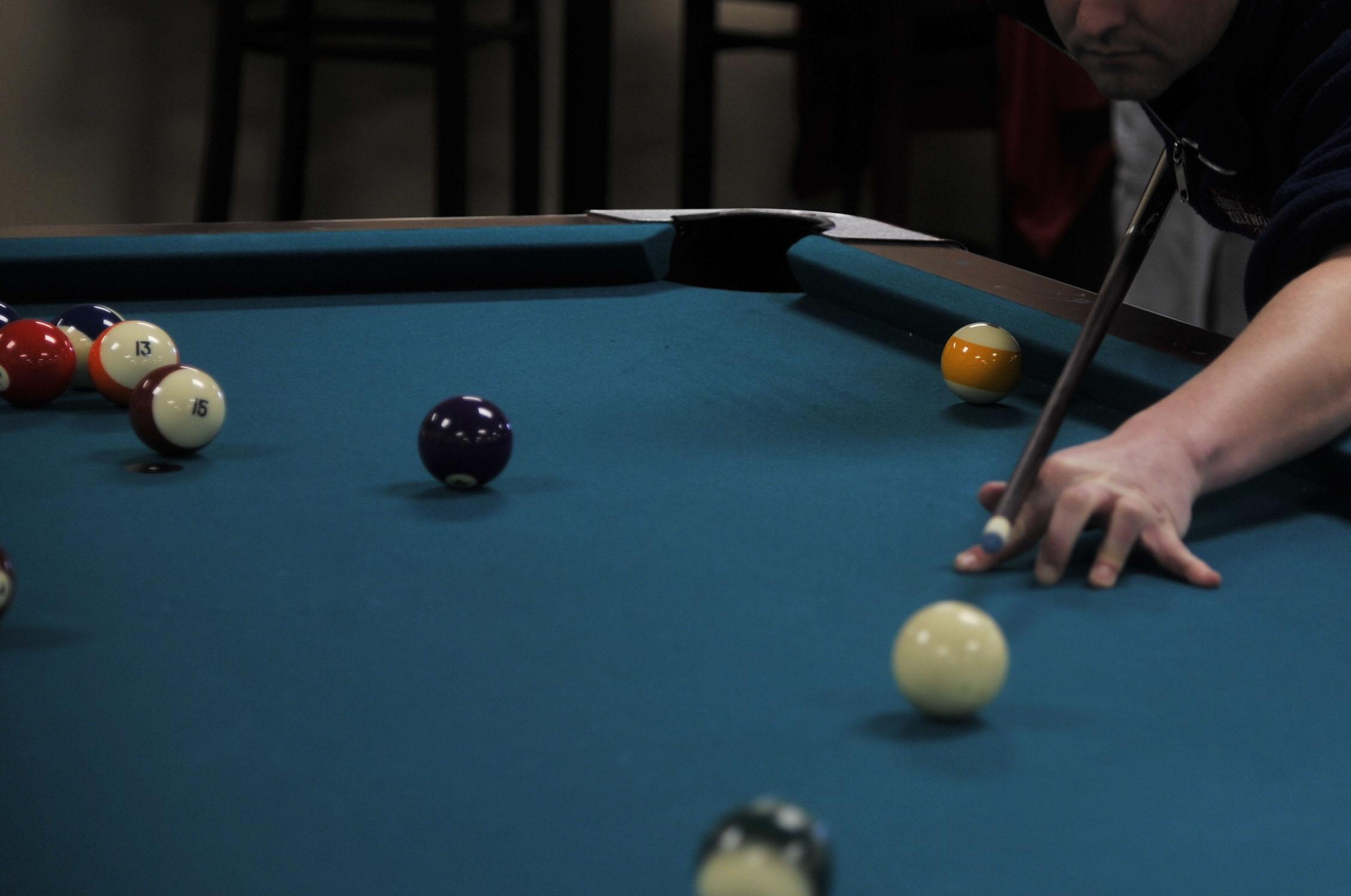 pool-table-billiards_0003_Layer 5